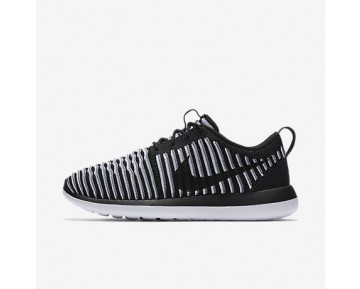 Chaussure Nike Roshe Two Flyknit Pour Femme Lifestyle Noir/Blanc/Gris Froid/Noir_NO. 844929-001